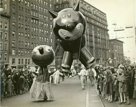 969e81cc8ce9752787ec7b39cd9c79d5--thanksgiving-day-parade-primary-sources.jpg